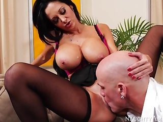 Cougar Ava Addams making out in the couch with her outie pussy