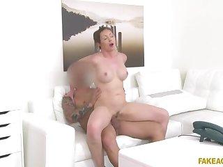 Chunky Tits Australian Wants Model Job