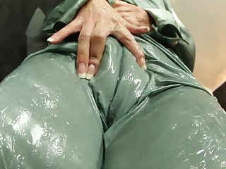 Glory hole porn be expeditious for a woman in her 30s