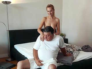 Amateur shagging in the bedroom with cock stimulated cutie Haley Hunter