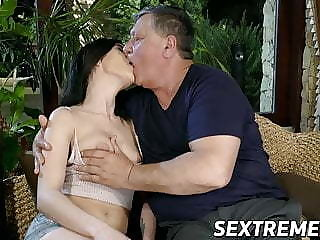 Wasting away Nikki Slyboots takes pictures with an increment of fucks old cock for cum