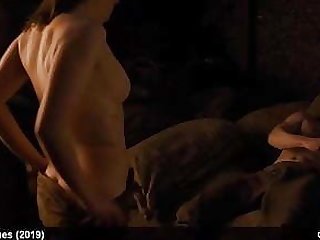 Maisie Williams Undisguised And Sex Scene From GoT