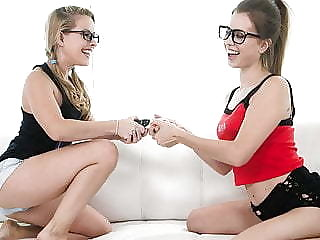 Nerd Girls Turn Into Lesbians - Lilly Ford, Jill Kassidy