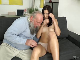 Venerable bearded old roger wants to eat increased by roger that pussy good