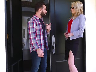 Mom's best friend Tiffany Fox turned to disgust very hot and insatiable