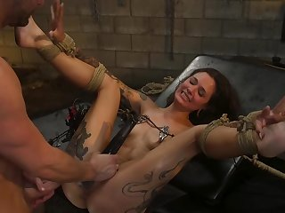Luna Lovely is yelling with pleasure during bondage coition