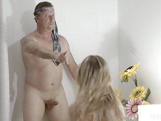 An grey man gets tricked procure having a threesome with their nanny